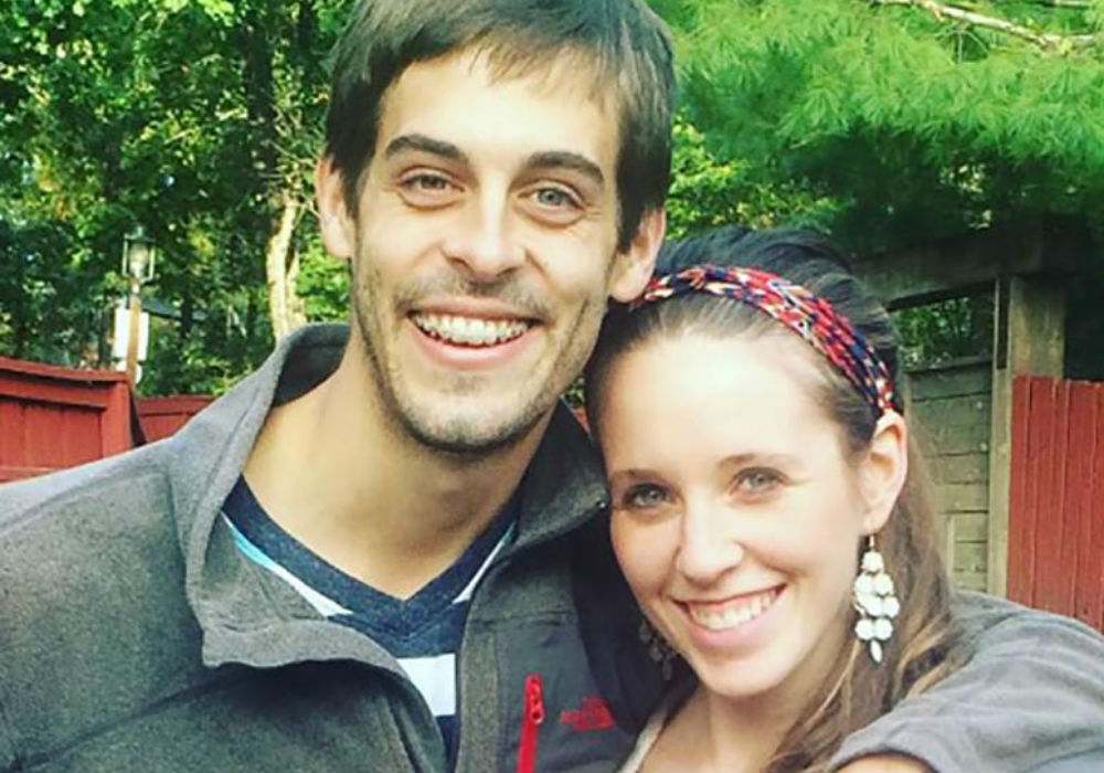 Former Counting On Star Jill Duggar Defies Derick Dillard Days After He Claims He'Settled' For Her