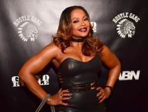 Phaedra Parks Poses With Her Sons At 8 In The Morning And Fans Say She Still Looks Flawless
