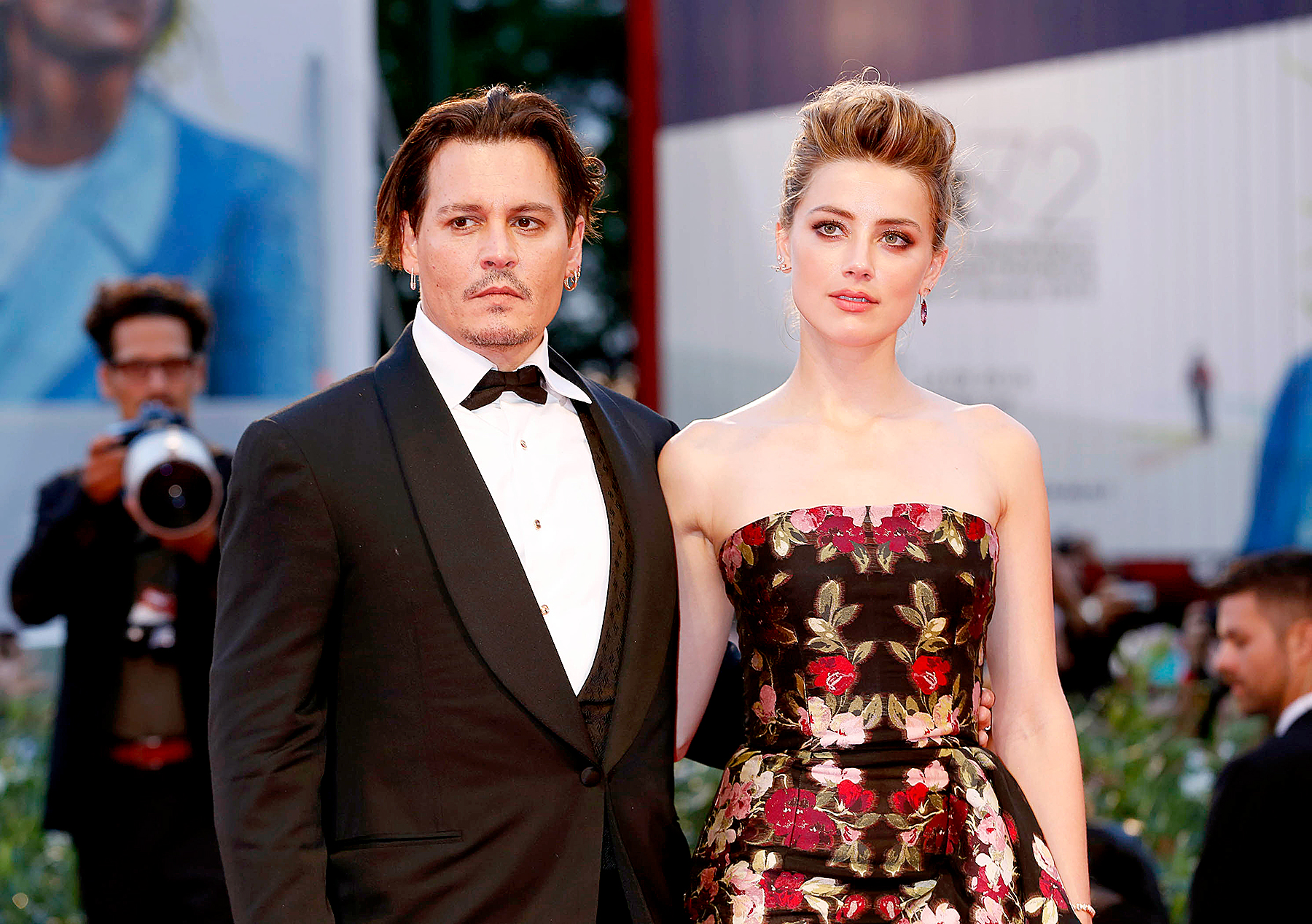 johnny-depp-claims-that-his-ex-wife-amber-heard-broke-his-middle-fingers-bones-court-documents-surface