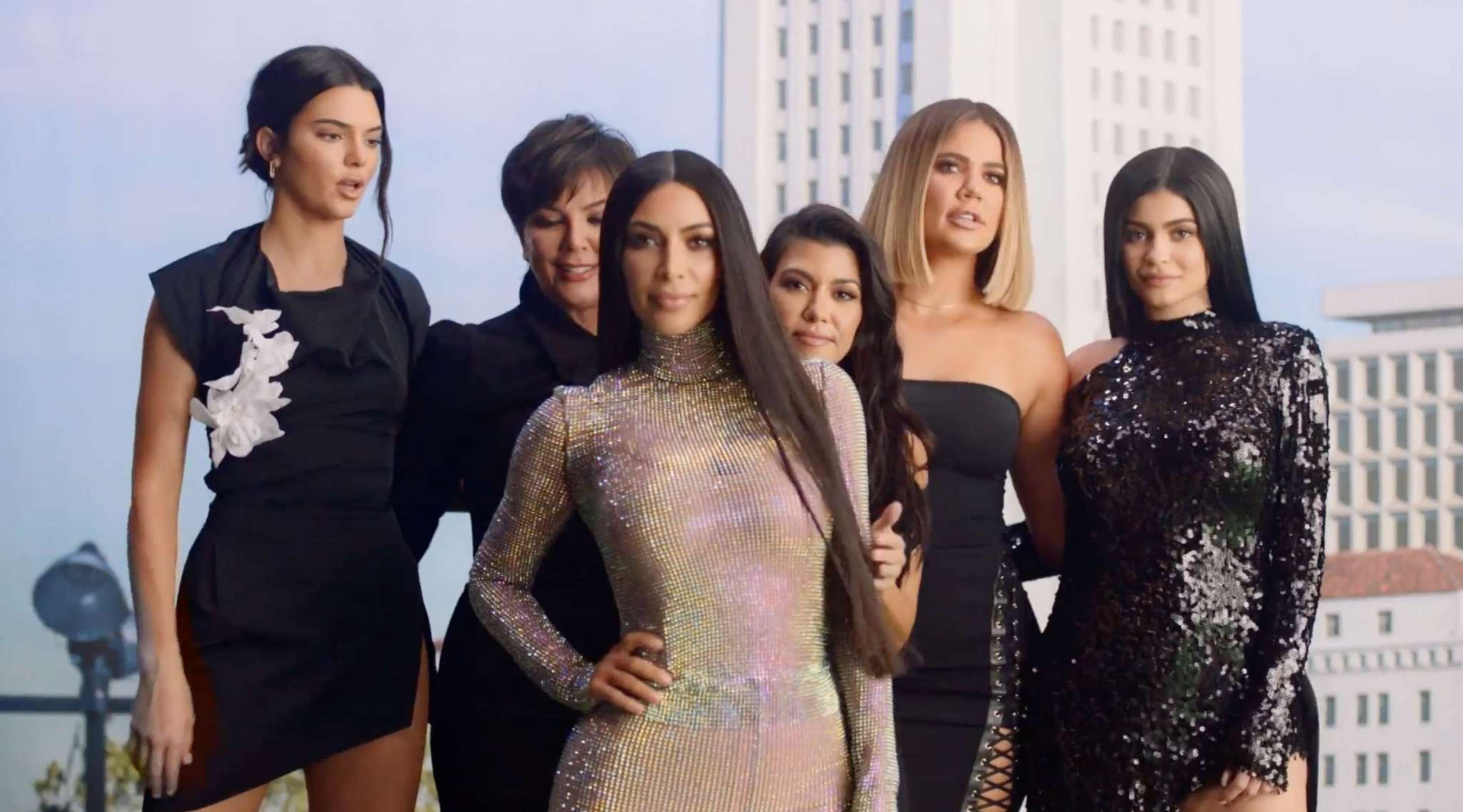 khloe-kardashian-screams-that-her-family-was-ruined-in-new-kuwk-trailer-jordyn-woods-drama-directly-addressed