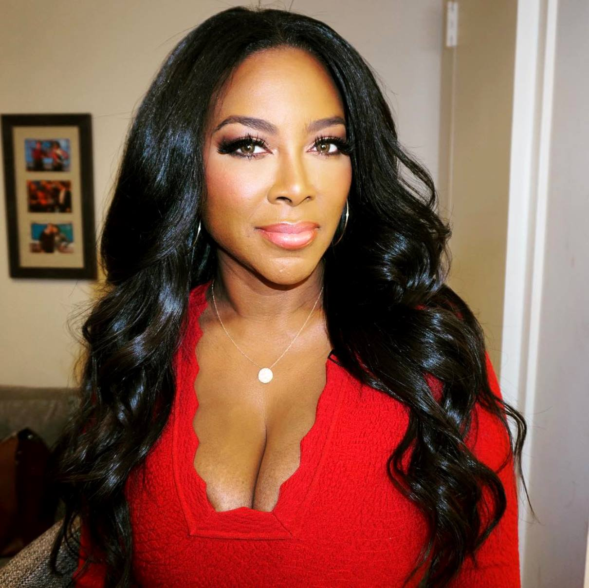Kenya Moore's Fans Debate Whether She Should Go Back To RHOA Or Keep Herself For Something More Appropriate For Her 'Class, Talent And Stature'