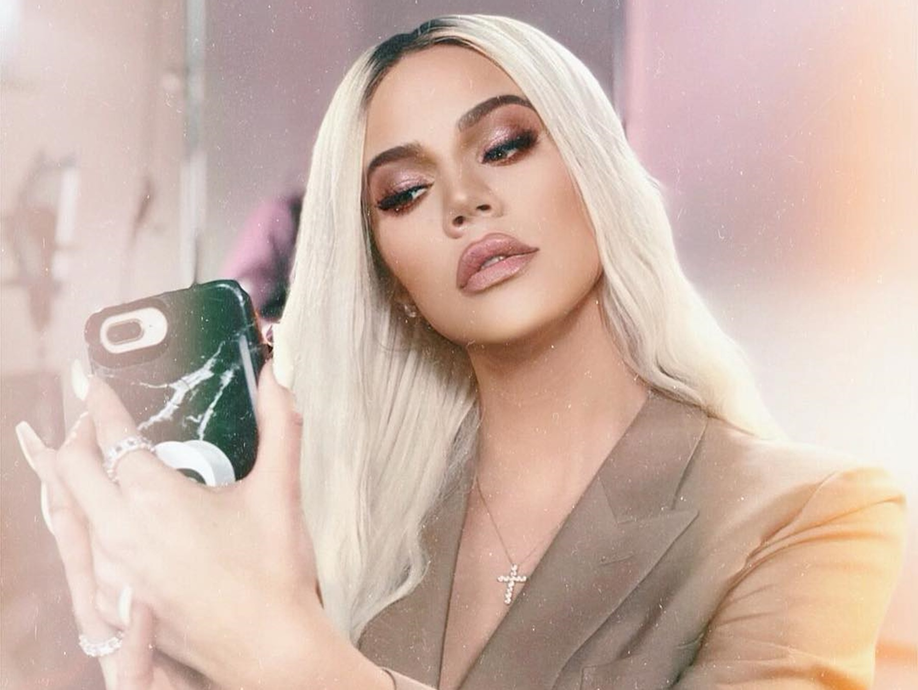 """tristan-thompson-is-moving-on-but-khloe-kardashian-is-still-struggling-after-the-jordyn-woods-cheating-scandal-posting-pictures-of-her-daughter-has-become-an-escape"""