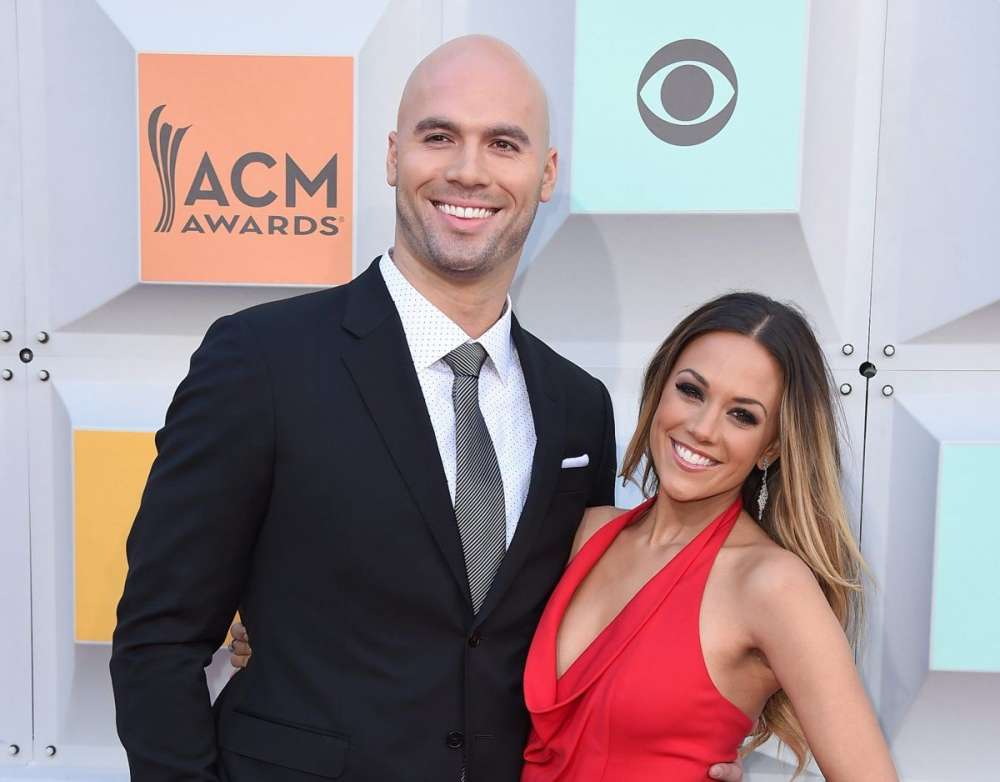 jana-kramer-reveals-shes-so-proud-of-mike-caussin-for-admitting-his-addictions