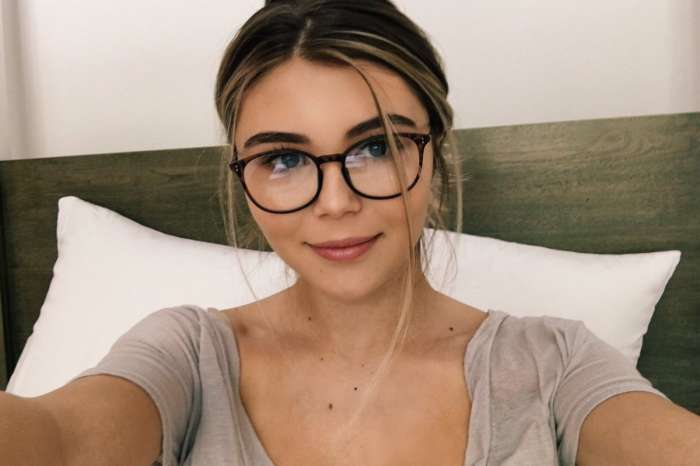 Olivia Jade Hangs Out With Her Boyfriend Amid College Admissions Scandal