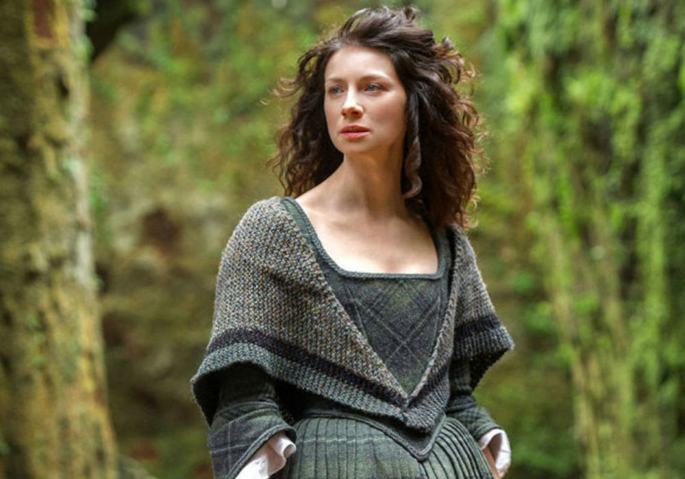 Outlander Star Caitriona Balfe Offers Fans A Sneak Peek At Season 5