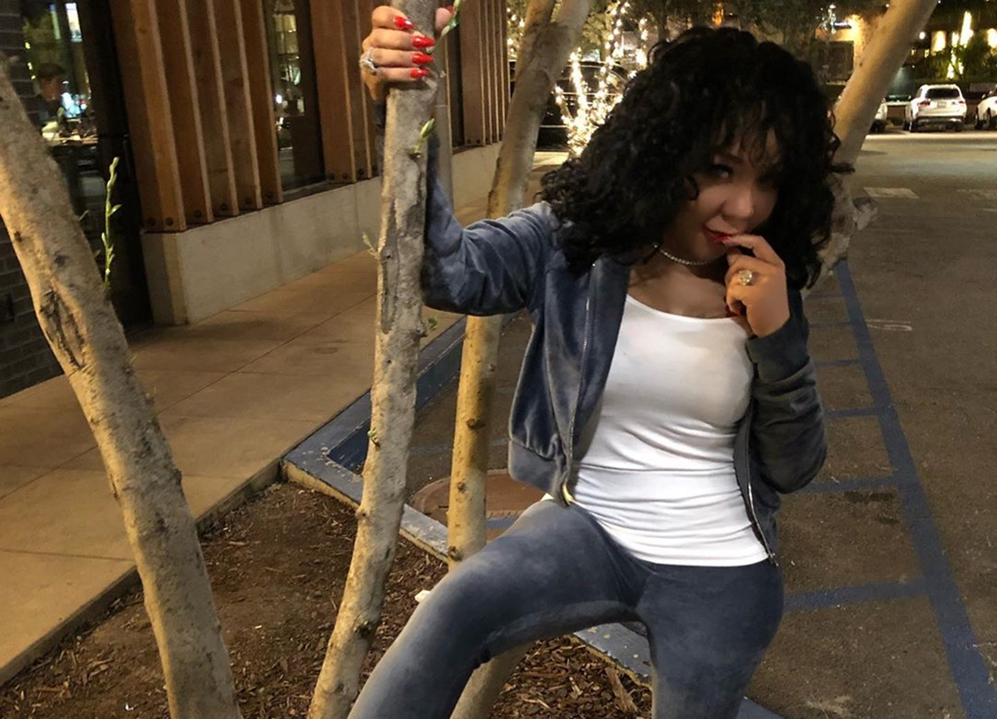 tiny-harris-debuts-drastic-new-look-and-flirts-with-t-i-p-after-he-comes-to-her-rescue