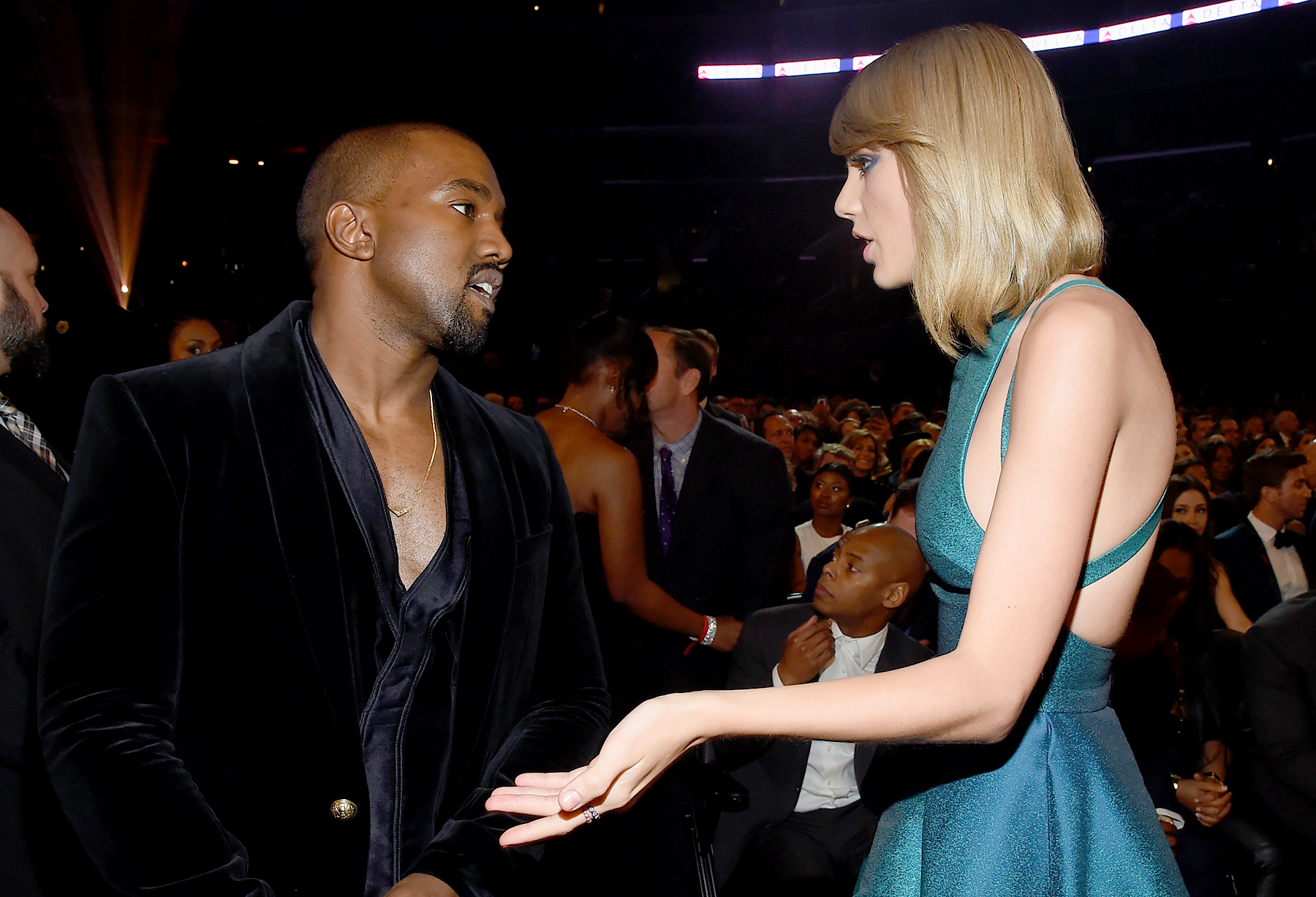 """taylor-swift-likes-post-throwing-shade-at-kanye-west-feuding-again"""