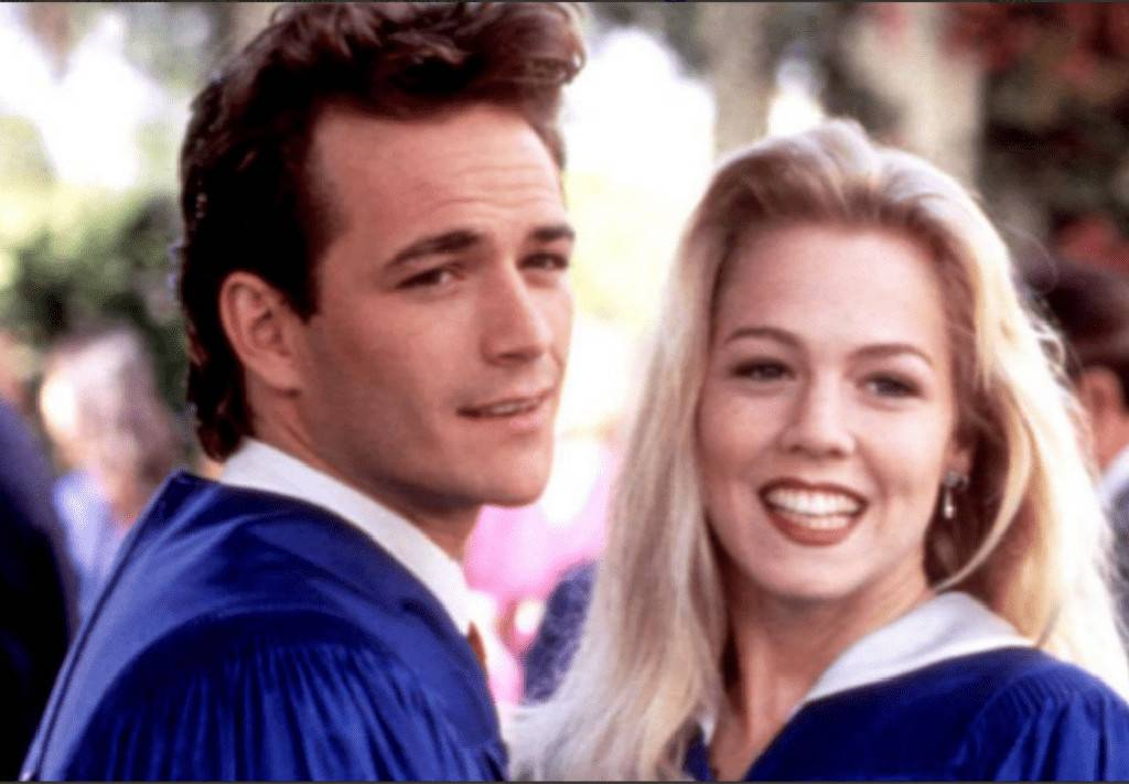 """jennie-garth-slammed-for-not-paying-tribute-online-to-luke-perry-she-responds"""