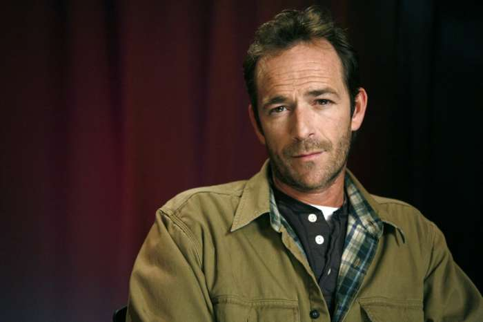 Luke Perry - 'Riverdale' Creator Talks Dealing With The Actor's Death On The Show!