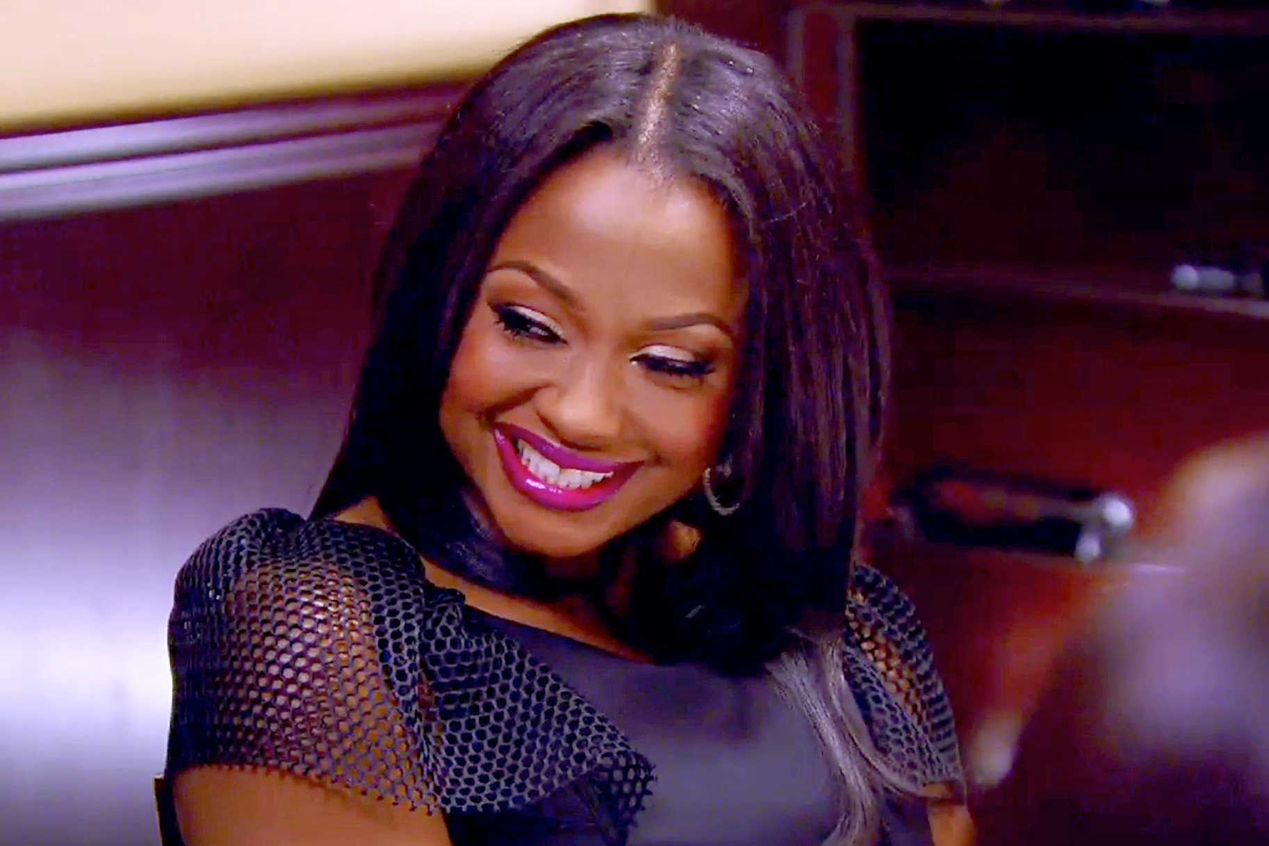 """""""phaedra-parks-couldnt-look-happier-with-her-beau-for-st-patricks-day-and-fans-tell-her-to-get-her-own-show-because-rhoa-is-too-messy"""""""
