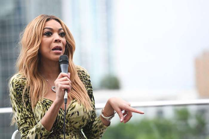 Wendy Williams Says R. Kelly Needs 'Solitary Confinement' - He 'Brainwashes Young Girls!'