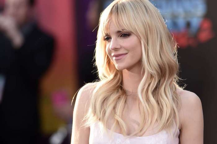 Anna Faris Opens Up About Life In The Spotlight