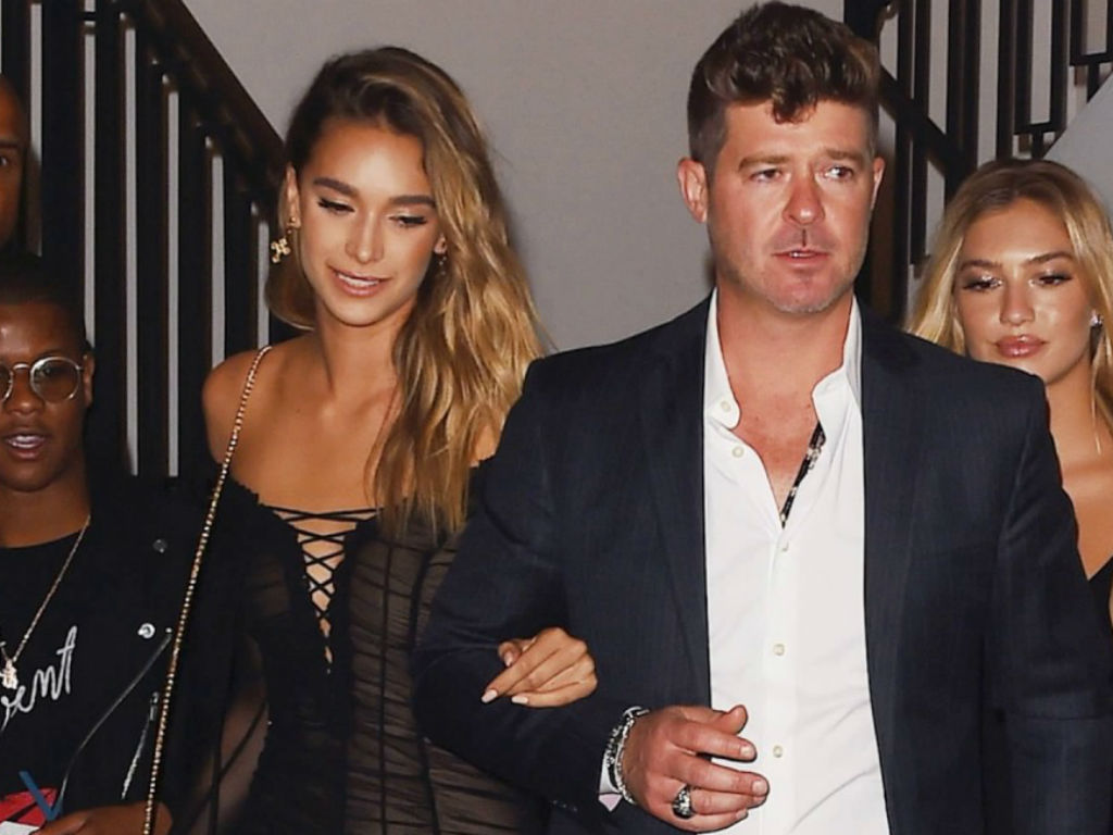 april-love-geary-has-best-response-to-fiance-robin-thicke-and-khloe-kardashian-hugging