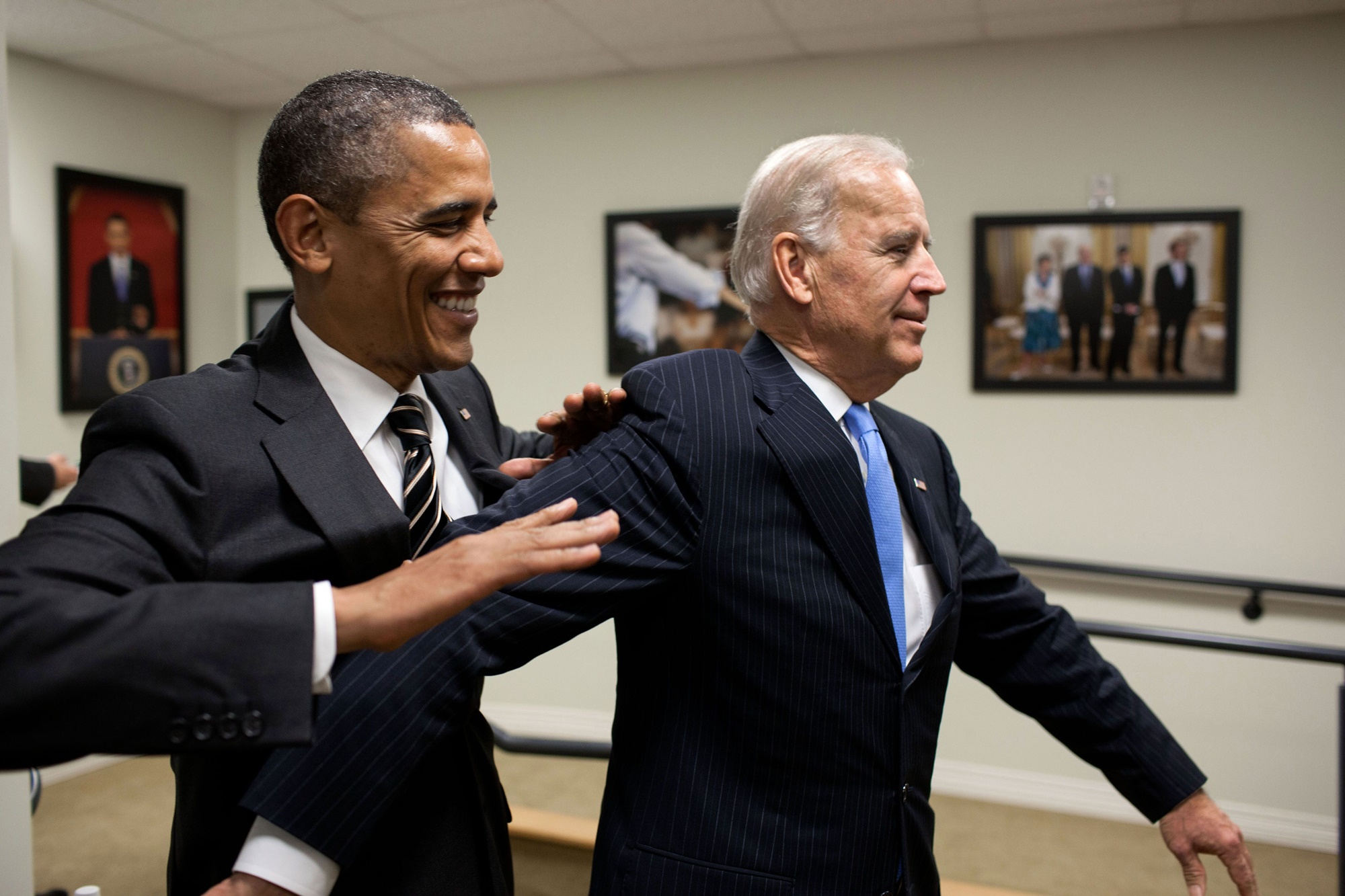barack-obama-urges-democrats-to-unite-to-beat-donald-trump-in-2020-is-he-helping-joe-biden