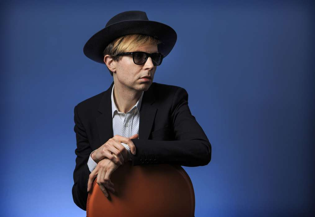 beck-will-bring-out-a-new-record-hyperspace-with-saw-lightning-as-its-single