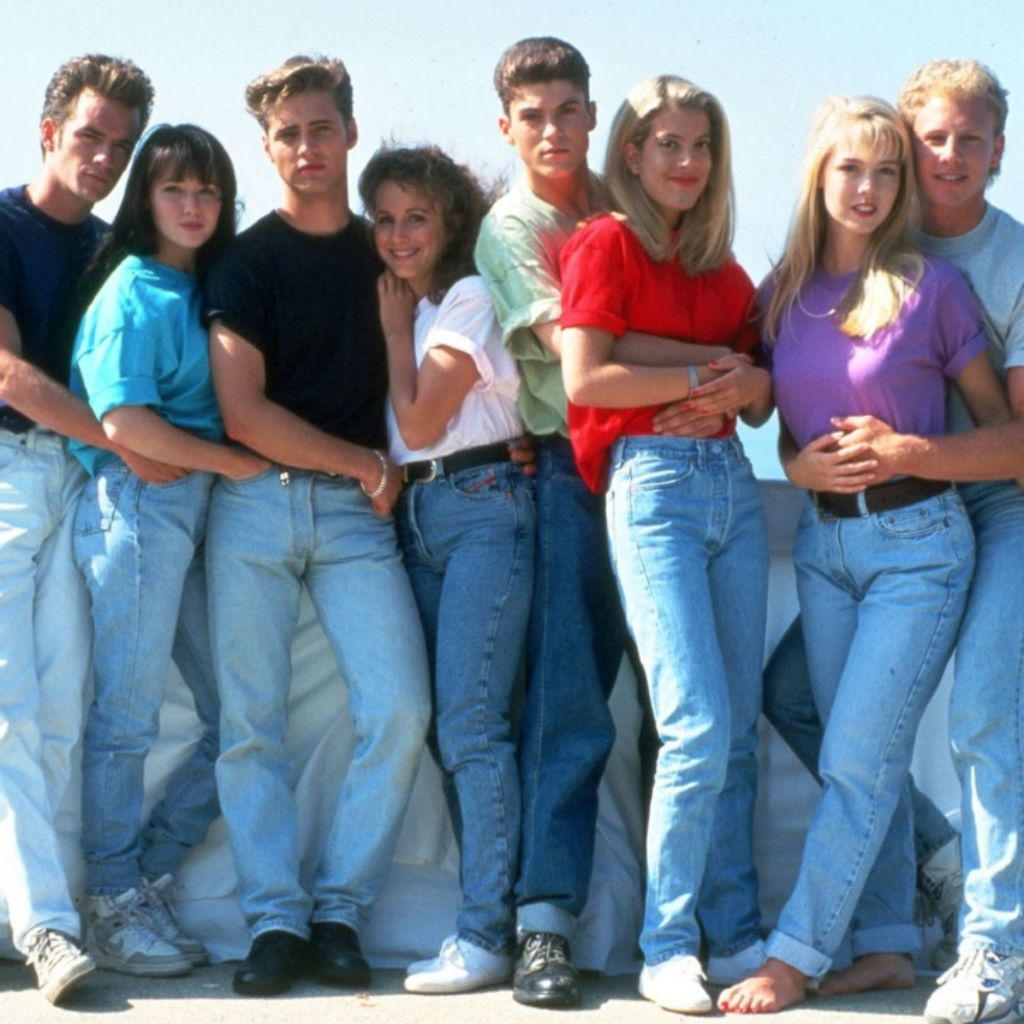 shannen-doherty-joins-beverly-hills-90210-reboot-as-new-title-for-event-series-is-announced