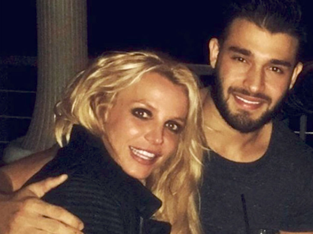 britney-spears-boyfriend-sam-asghari-posts-video-montage-of-singer-as-she-seeks-mental-health-treatment
