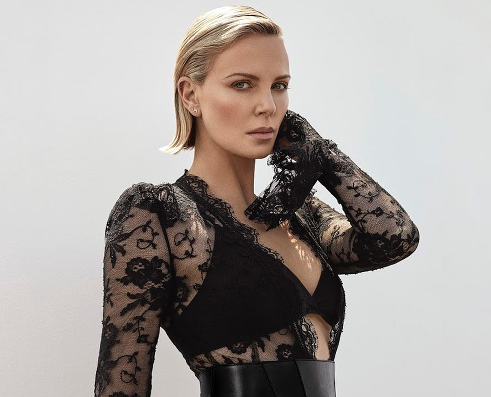 charlize-theron-reveals-that-daughter-jackson-is-transgender-and-here-is-how-she-handled-the-news