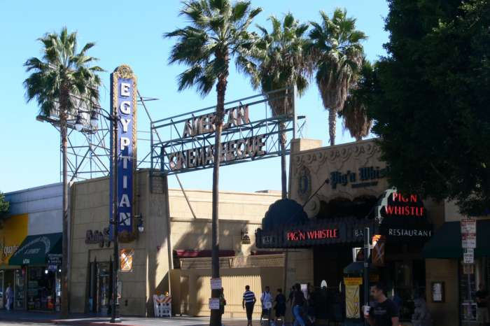 Netflix May Buy The Legendary Egyptian Theatre In Hollywood
