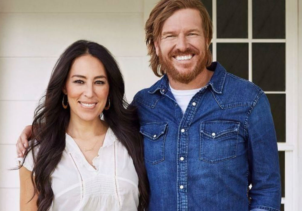 former-fixer-upper-stars-chip-and-joanna-gaines-spill-on-their-new-tv-show