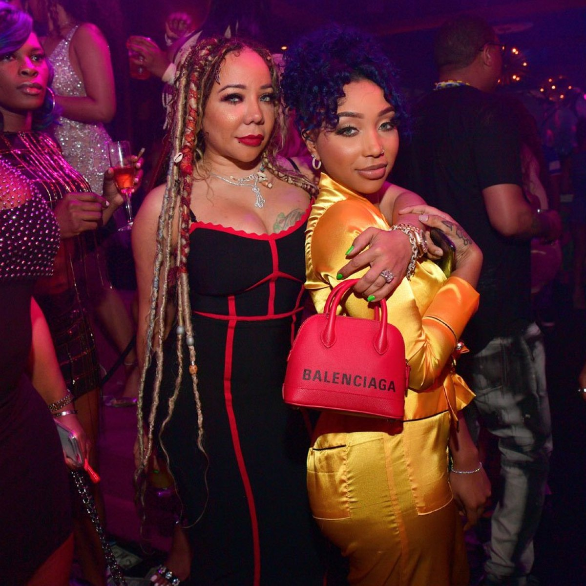 Tiny Harris Shares Her Grown Woman Vibes And Fans Suggest Her That She And Zonnique Pullins Should Do A Hair Line