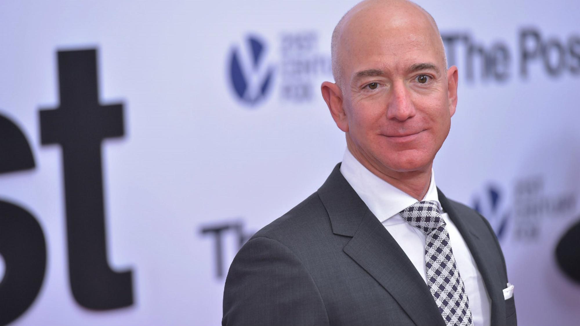 Jeff Bezos Lauren Sanchez Relationship