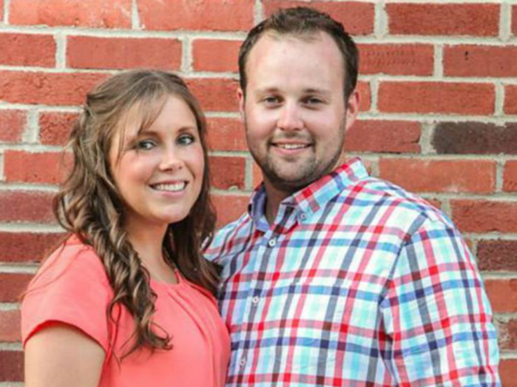 anna-duggar-pregnant-expecting-6th-child-with-husband-josh-duggar
