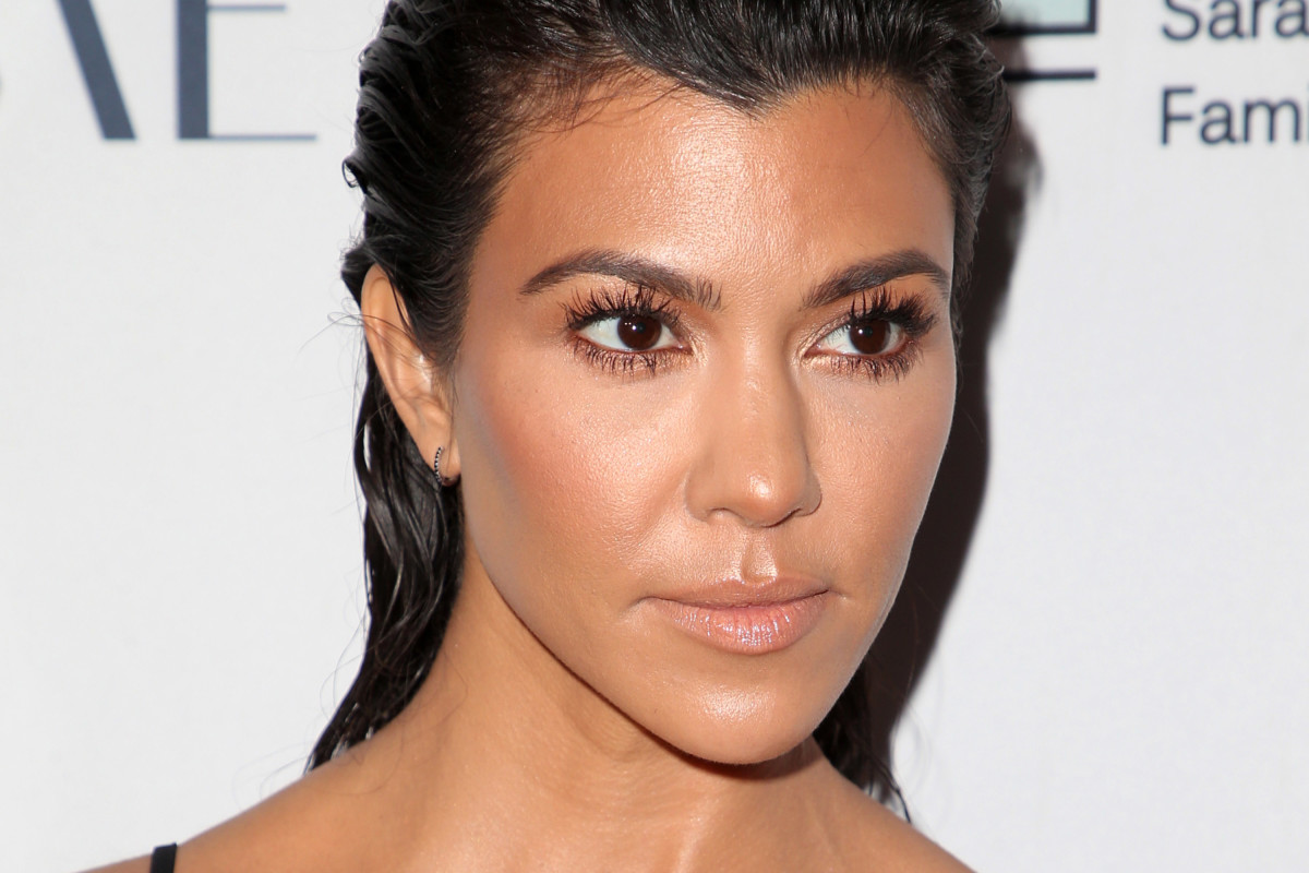 """kuwk-kourtney-kardashian-is-almost-40-and-still-single-heres-what-she-thinks-about-that"""