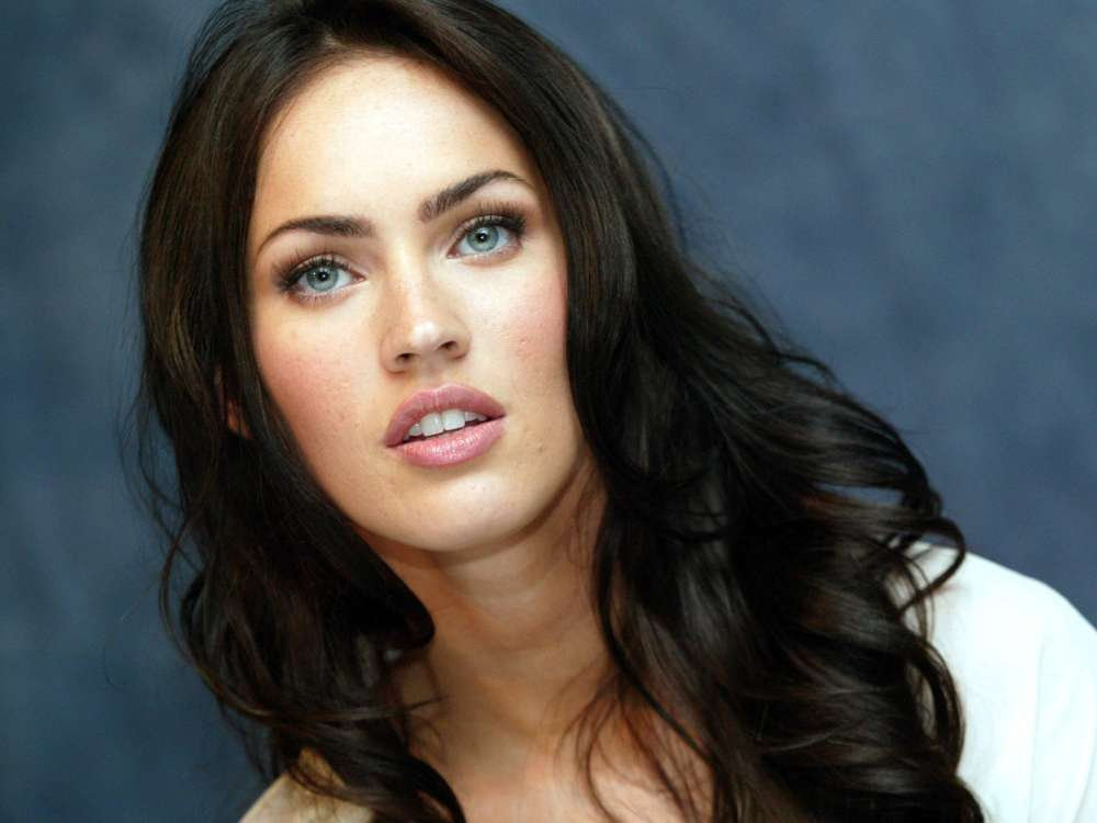megan-fox-asks-judge-to-dismiss-former-divorce-proceedings