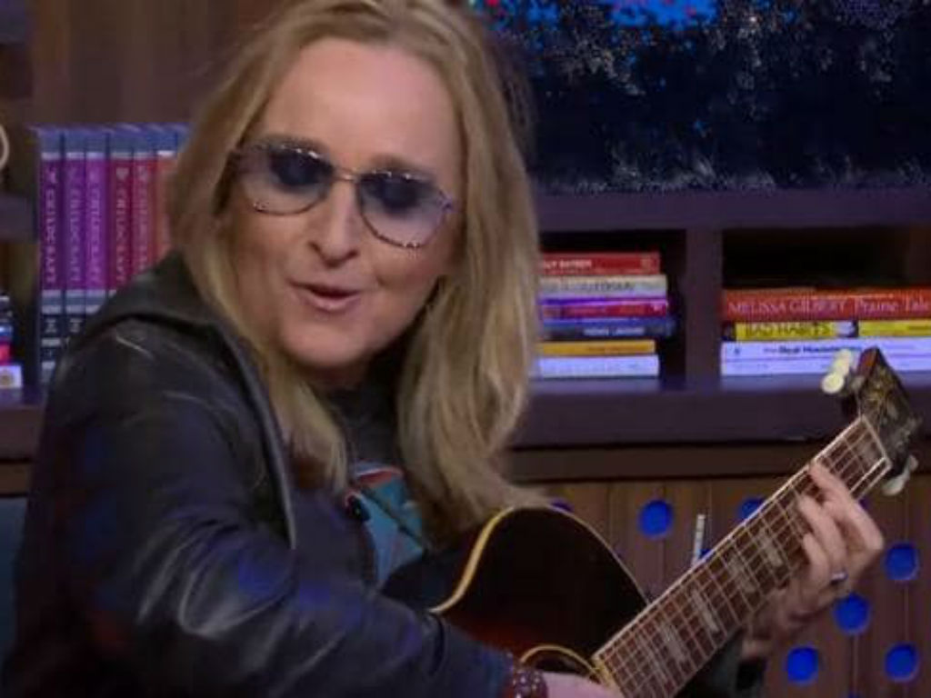 melissa-etheridge-admits-backlash-surrounding-angelina-jolie-divorce-comments-was-a-tense-time