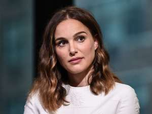 Natalie Portman Will Narrate Upcoming Disney Movie 'Dolphin Reef' — Disneynature Films