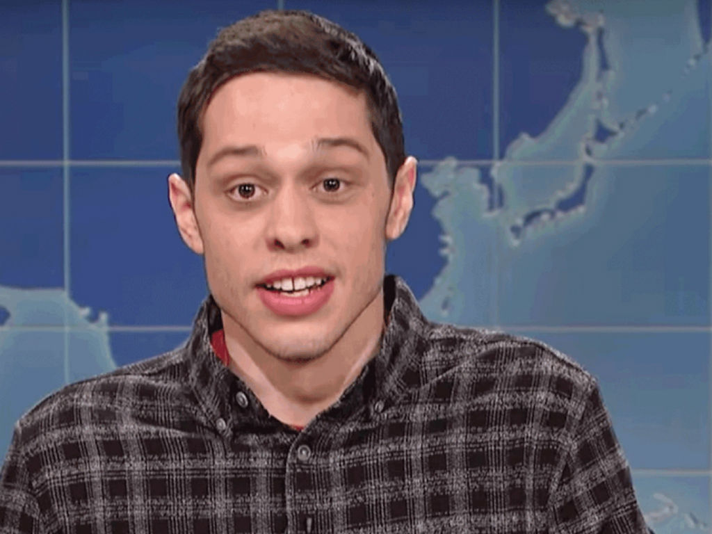 pete-davidson-abruptly-left-a-stand-up-gig-after-venue-owner-disrespected-him-find-out-what-went-down