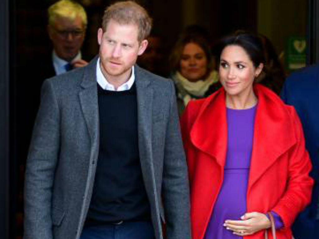 prince-harry-and-meghan-markle-continue-to-break-royal-rules-during-her-pregnancy