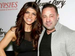 Teresa And Joe Giudice 's Daughter Milania Seeks Out President Trump To Stop Dad's Deportation