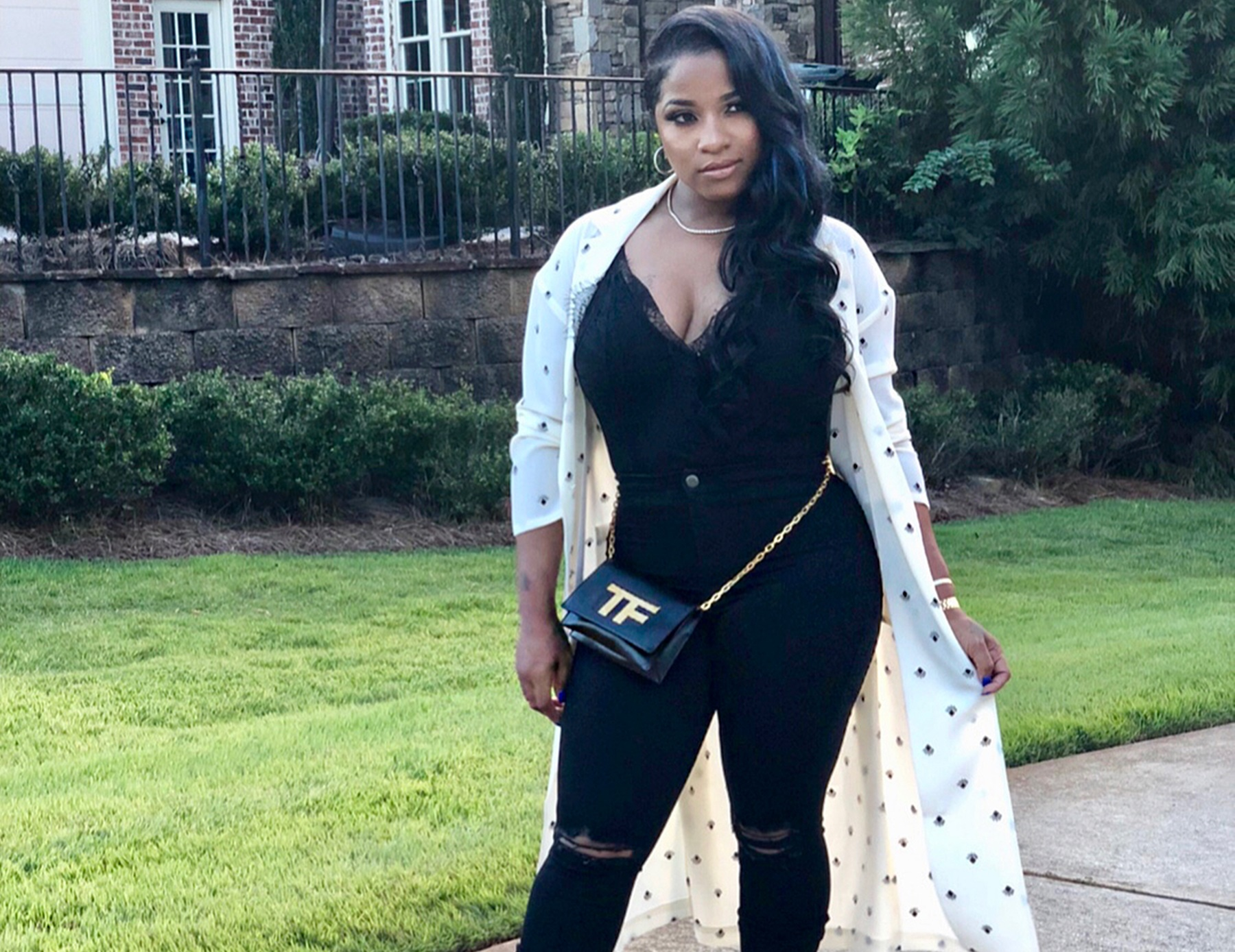 toya-wright-shares-a-photo-with-her-mom-anita-and-sister-anisha-johnson-fans-get-emotional-because-anisha-looks-just-like-late-rudy-johnson