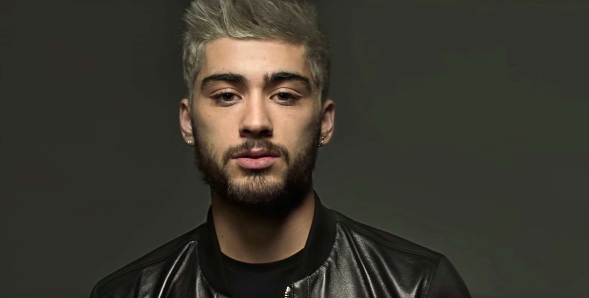 Zayn Malik Tweets His Followers To 'Leave Gigi Hadid The F**k Alone'