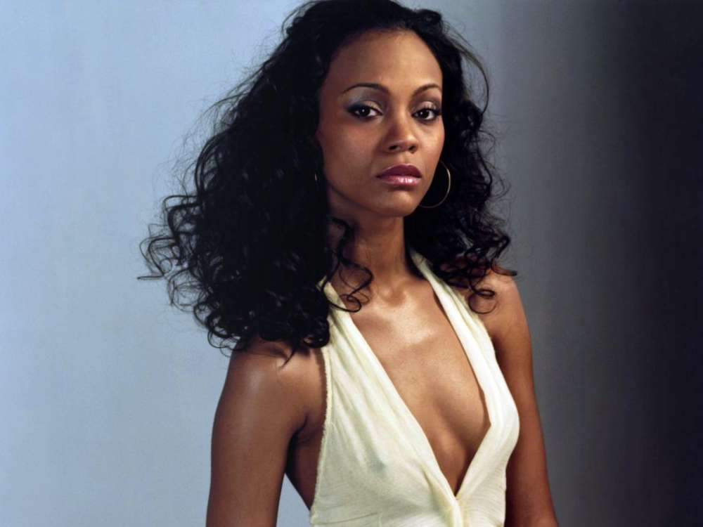 Zoe Saldana Claims Her Mother Always Mixes Her Up With ...
