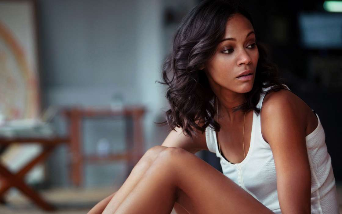 zoe-saldana-claims-disney-did-the-right-thing-by-rehiring-james-gunn-for-next-guardians-movie