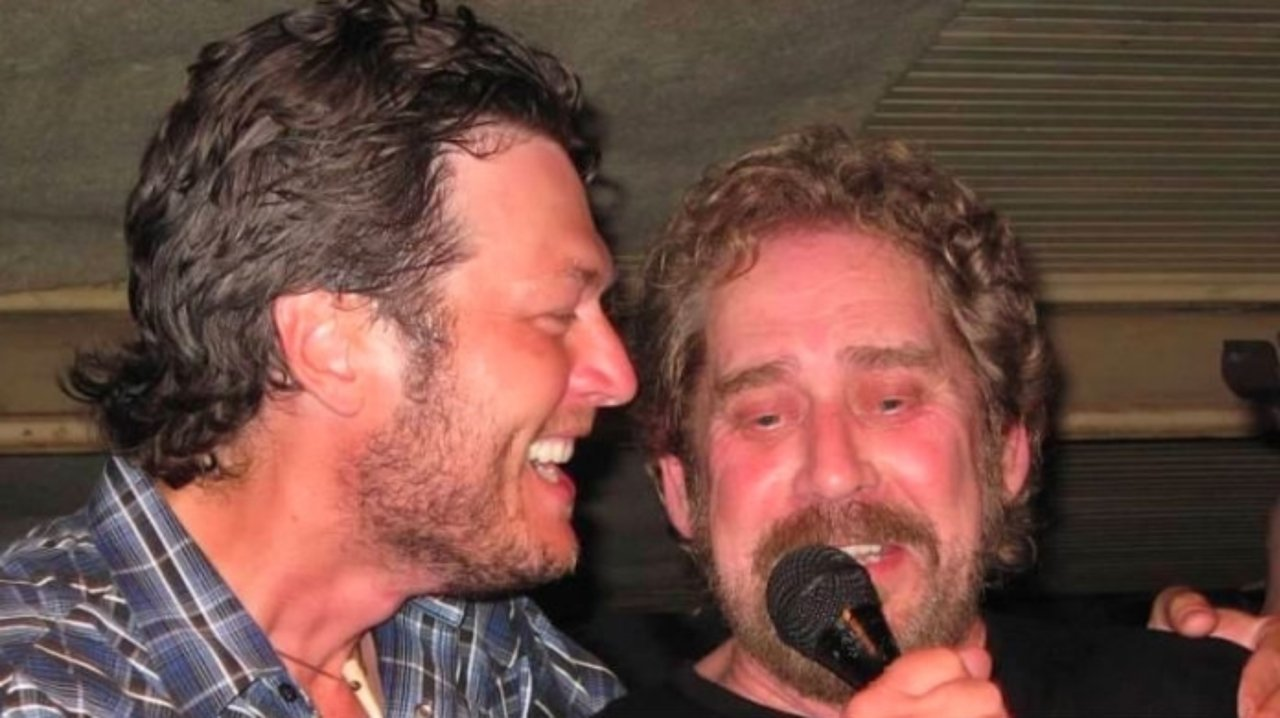 earl-thomas-conley-passes-away-at-age-77-blake-shelton-and-other-celebs-pay-tribute-to-the-country-star