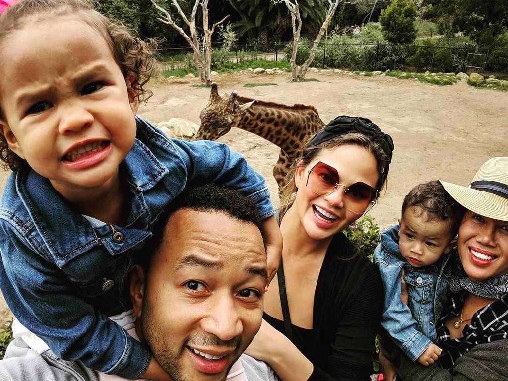 chrissy-teigen-family