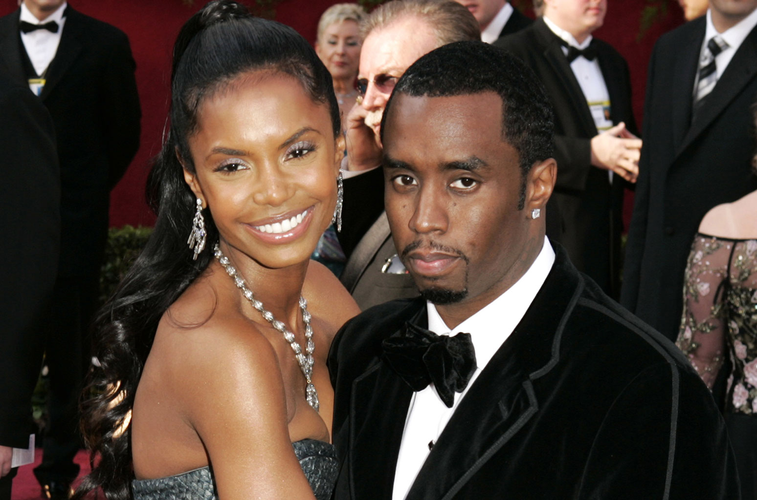 """diddy-says-his-strong-twin-daughters-are-the-ones-teaching-him-how-to-deal-with-kim-porters-passing"""