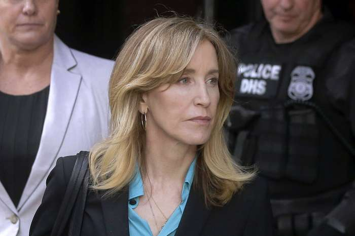 Felicity Huffman Doesn't Regret Taking Responsibility For Her Crime Even If She Gets Sentenced To Prison!