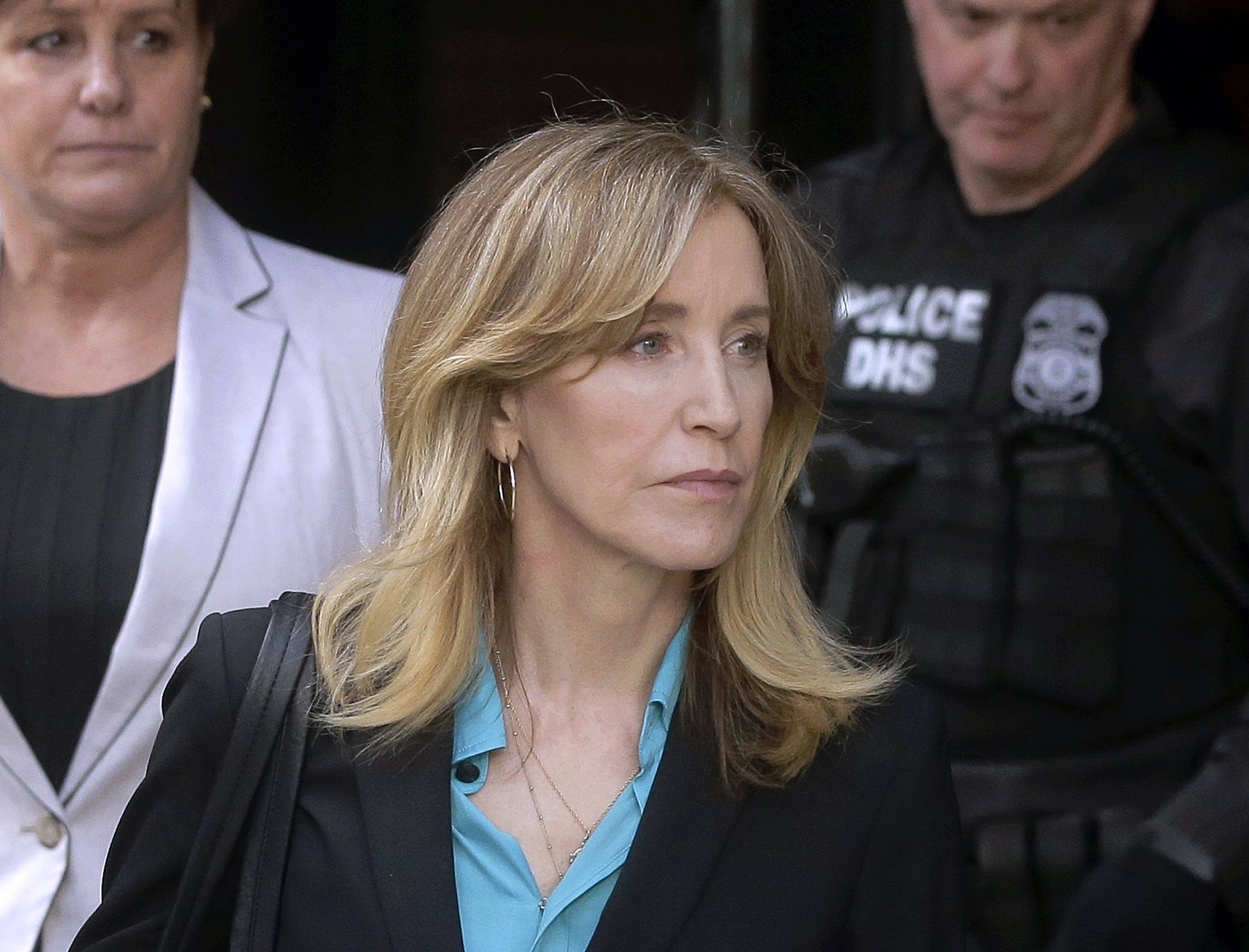 felicity-huffman-doesnt-regret-taking-responsibility-for-her-crime-even-if-she-gets-sentenced-to-prison