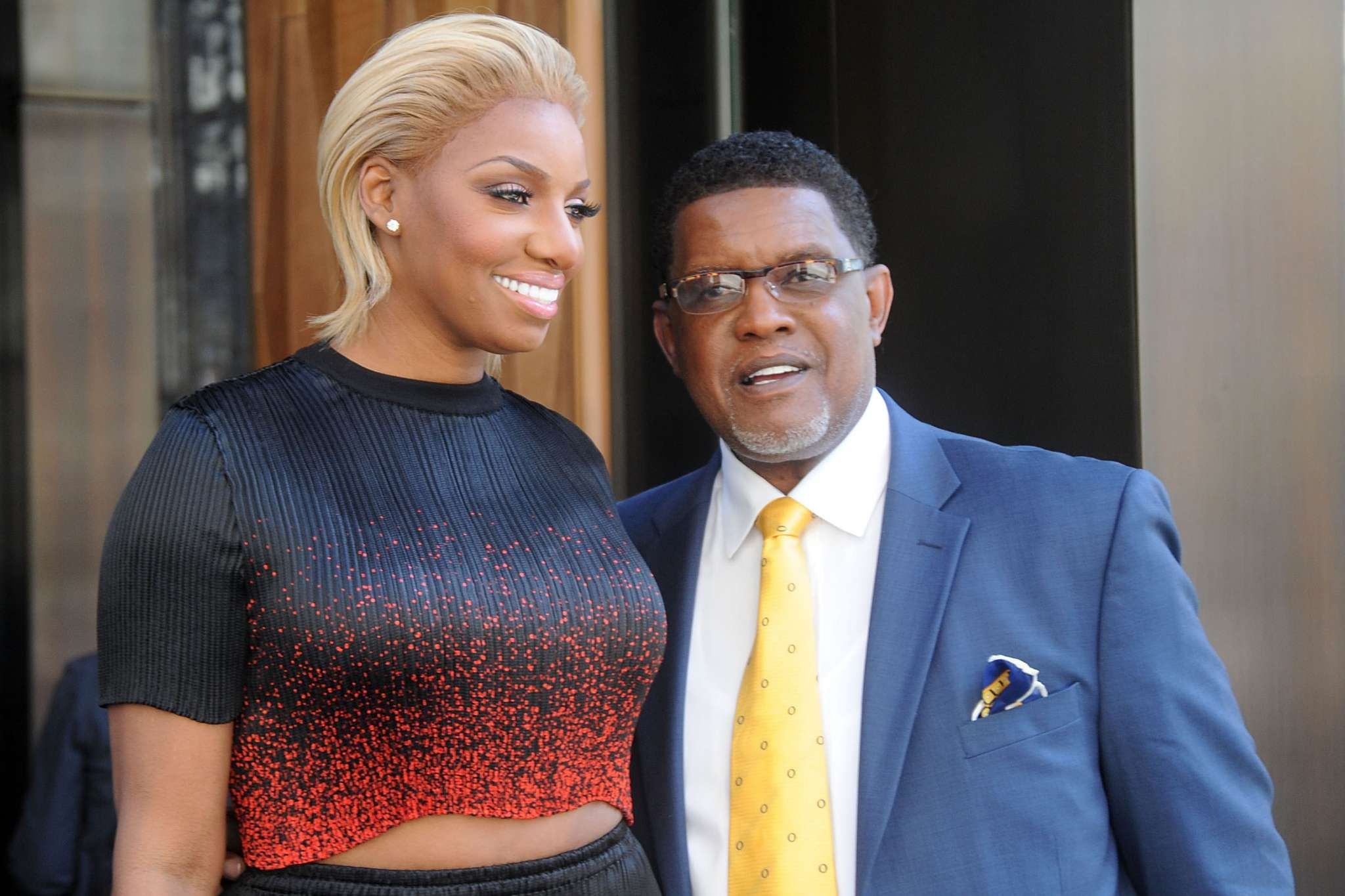 NeNe Leakes And Gregg Leakes Had An Old School Kitchen House Party Following The Great News That He Finished Chemo