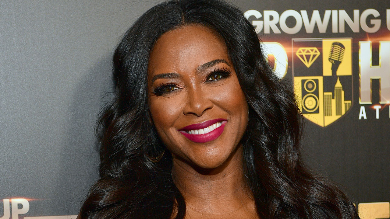 Kenya Moore Spills The Tea On Love, Men And More On Steve TV Show - Watch The Video