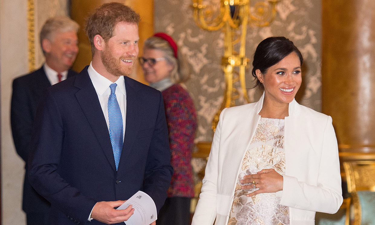 prince-harry-and-meghan-markle-so-excited-to-start-the-next-chapter-in-their-lives-as-a-family-of-3