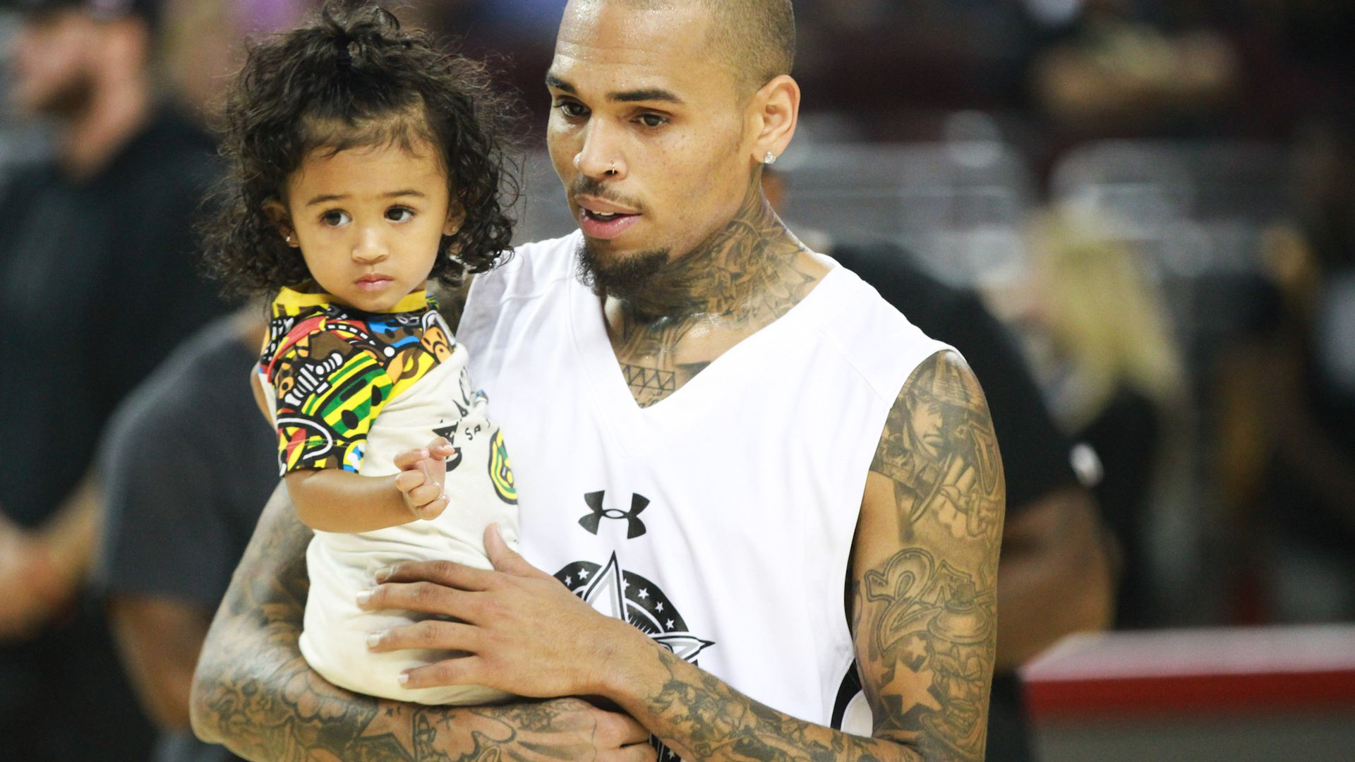 chris-brown-is-reportedly-learning-to-be-a-better-person-thanks-to-his-daughter-royalty