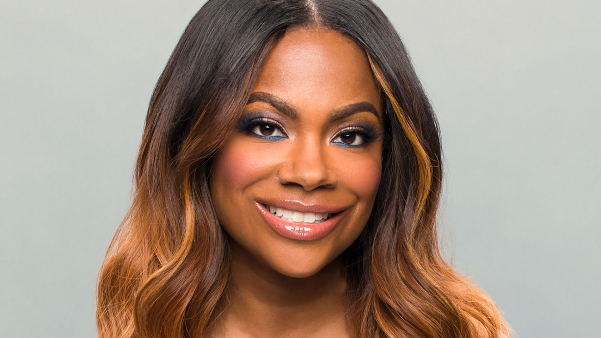 """kandi-burruss-latest-controversial-photo-with-trina-rock-starr-triggers-hateful-comments"""