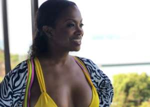 Kandi Burruss Rocks A Yellow Body Hugging Dress And Tamar Braxton Wants That Outfit, But She Might Have Annoyed Kandi With Her Message