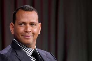 Alex Rodriguez's Toilet Picture Has Jennifer Lopez Fans Oscillating Between Jokes And Concerns Over Invasion Of Privacy